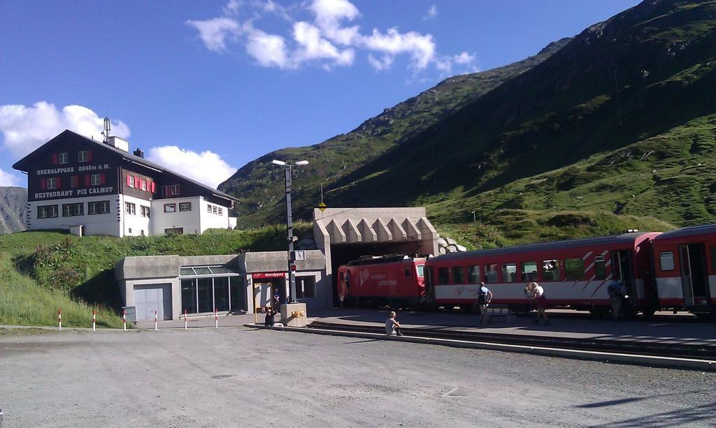 Oberalppass Schweiz Bahnhof