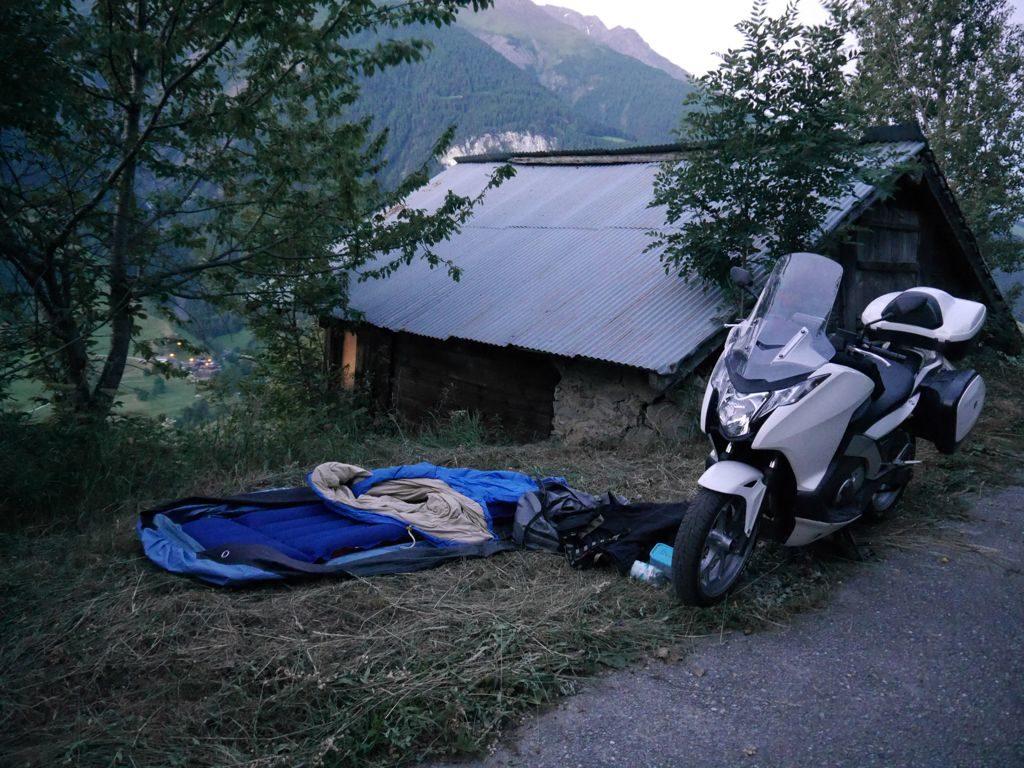 Brig - Wallis - Morgengrauen in der Hangwiese